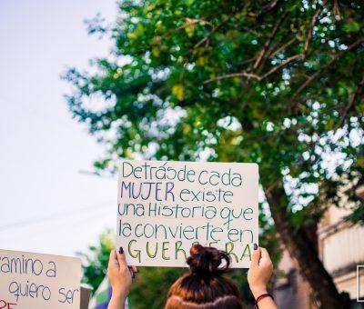 Cartel de marcha contra la violencia hacia la mujer 25 de noviembre